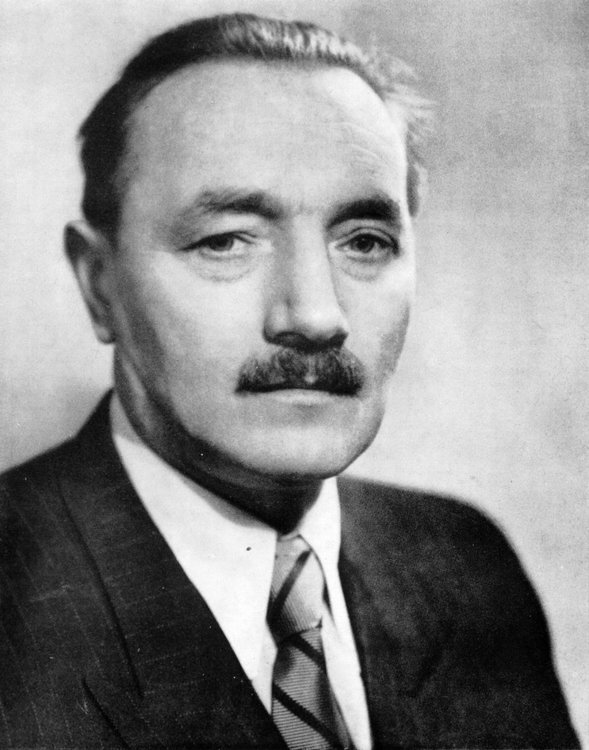 PL_Bolesław_Bierut_(1892-1956).jpg
